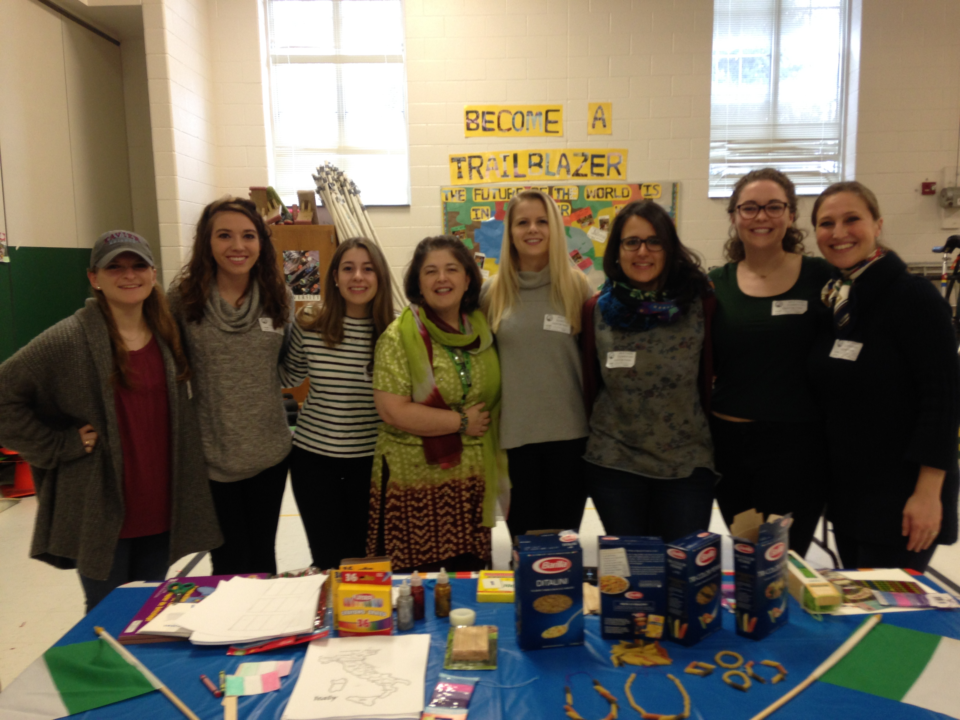 Students prepare Italian-themed crafts for local elementary school